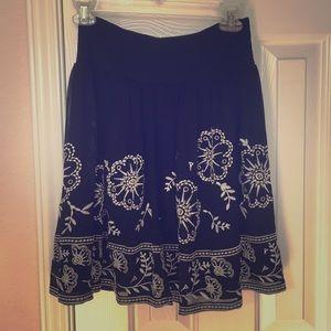 Dresses & Skirts - White House Black Market Skirt